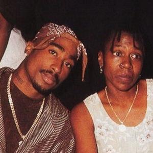Tupac-And-Mom-2009-02-18-3oox3003